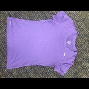 Women's small Nike dry fit shirt